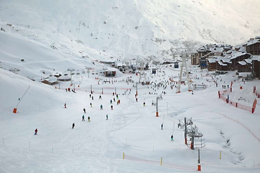 People skiing at Val Thorens